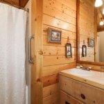 Woodland Room Bathroom