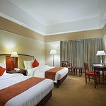 Photo de Berjaya Makati Hotel - Philippines