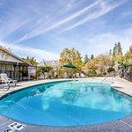 Photo of Quality Inn Yosemite Valley Gateway