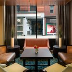 Foto de Holiday Inn Express Hotel & Suites Boston Garden