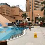 share facilities with intercontinental hotel
