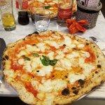 Zdjęcie Pizzeria Da Michele I Condurro Fuorigrotta