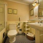 Bathroom (299809112)