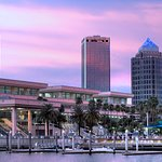 Beautiful sunset and waterfront views at the Tampa Convention Center
