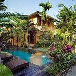 Amazing Beautiful Swimming Pool Area