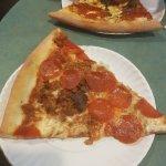 Foto de Bleecker Street Pizza