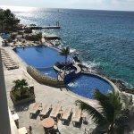 Foto van El Cantil Condo Resort