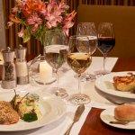 Disfruta de una deliciosa cena con tu pareja en nuestro restaurante