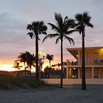 Photo of Paradise Oceanfront Hotel