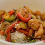 Reisschale mit Garnelen mittag