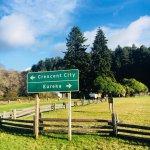 Crescent City sign