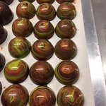 solid natural belgian chocolates, that will be mixed with our mayan kisses