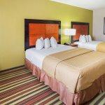 Motel 6 Ennis, TX