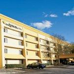 Photo of La Quinta Inn & Suites Raleigh Durham Airport S