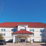Photo of La Quinta Inn & Suites I-20 Longview South