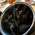 mussels in wine broth and fries