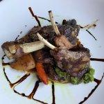 Foto de Green Dolphin Restaurant & Bar