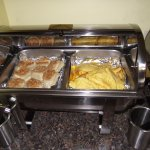 DAYS INN AIRPORT/MAINE MALL – BREAKFAST ROOM - #4 - BISCUITS & OMELETS IN CHAFER