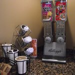 DAYS INN AIRPORT/MAINE MALL – BREAKFAST ROOM - #5 - CEREALS & GO-WITHS