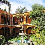 Hotel Chinimaya Panajachel Photo