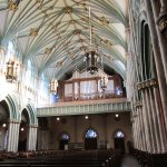 Ceiling and organ pipes