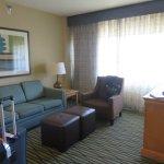 room 527 living room