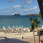Holland House Beach Hotel resmi