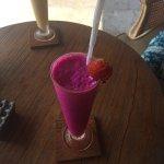Se puede pedir más? Dragonfruit smoothie