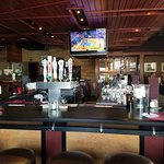 Check out the massive bar that can entertsin many happy customers!