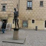 "Foto de Sculpture ""Youth"" in Prague"