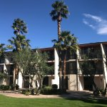 Riviera Palm Springs Resort resmi