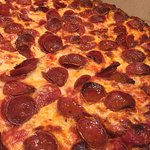 Simple pepperoni well done. This Tavern pizza will surprise you.  #UpCloseSavor XP