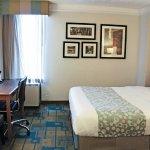 La Quinta Inn & Suites Houston Stafford Sugarland resmi