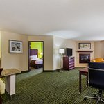 Photo of Country Inn & Suites by Radisson, Cedar Rapids North, IA