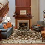 Photo de Country Inn & Suites by Radisson, Crystal Lake, IL