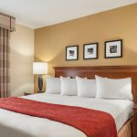 Photo of Country Inn & Suites by Radisson, Bloomington-Normal Airport, IL