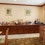 Photo of Country Inn & Suites by Radisson, Houston Intercontinental Airport South, TX
