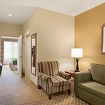 Photo of Country Inn & Suites by Radisson, Council Bluffs, IA