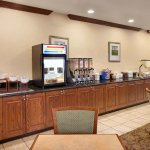 Photo de Country Inn & Suites by Radisson, Champaign North, IL