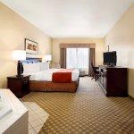 Photo de Country Inn & Suites by Radisson, Clinton, IA