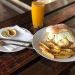 Chicken burger and fresh mango juice