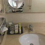 Ramada Hotel and Suites Ajman Foto