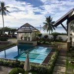 Photo de Dive Thru Scuba Resort - Bohol