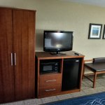 King Room with Microwave/Refrigerator