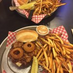 Buck's Sports Grill - Rawlins, WY - excellent burgers and fries !!!