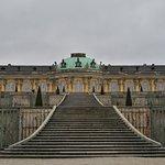 Vista del palacio desde los jardines.