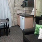 Kitchenette & seating area