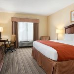 Photo of Country Inn & Suites by Radisson, Columbia, MO