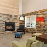 Country Inn & Suites by Radisson, Decorah, IA Foto