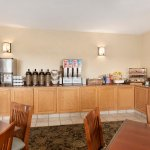 Photo of Country Inn & Suites by Radisson, Moline Airport, IL
